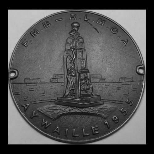 médaille avec monument